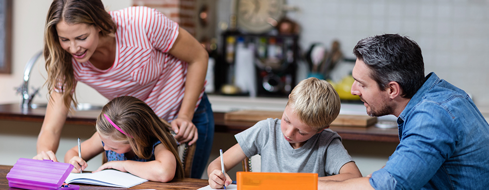 Parents-Helping-Young-Children-with-Homework