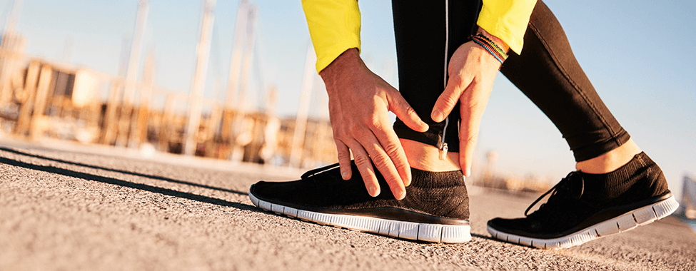 Person-with-Joint-Pain-from-Working-Out