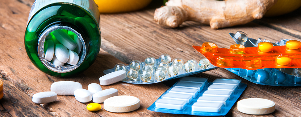 Supplements and Vitamins for Healthy Travel