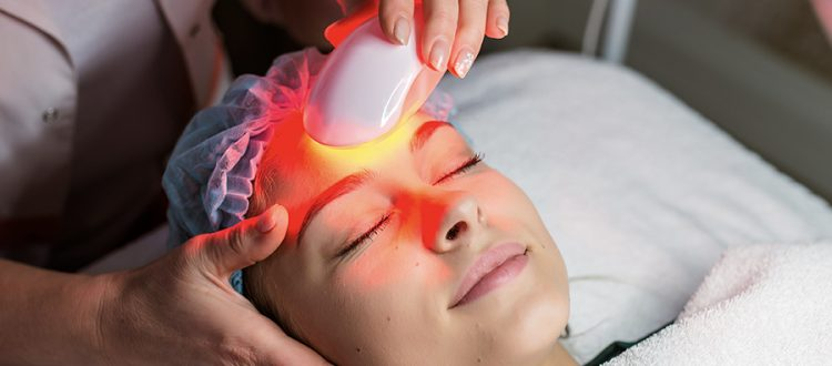 What is Red Light Therapy? Benefits, Uses & More