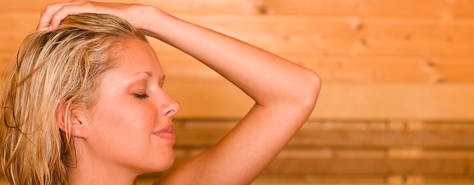 Woman-Using-Sauna-for-Detoxification